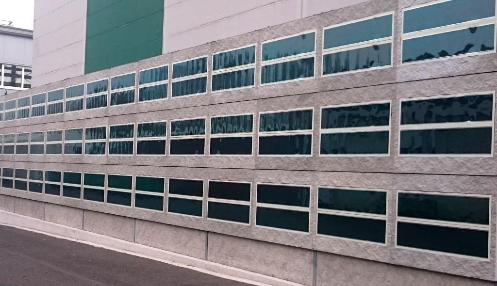 Un muro de concreto solar