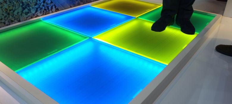 Primer suelo fotovoltaico transitable