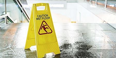 piso-mojado