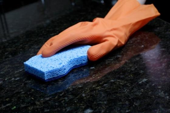 N42_CleaningGranite2-575x383