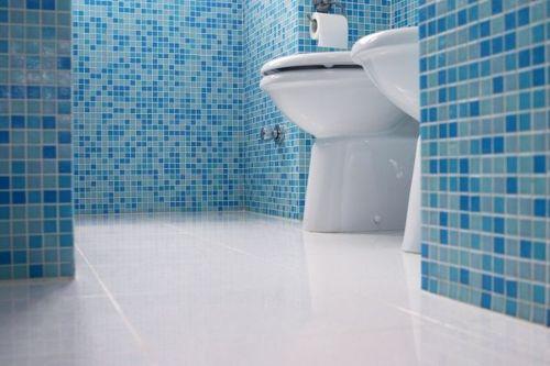 bano-decorado-con-azulejos